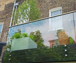 Modular planters for confined residential terrace