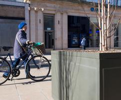 Steel tree planters for pedestrianised High Street