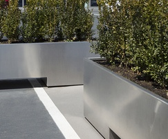 Stainless steel movable planters