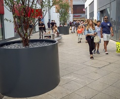 3.0mm-thick aluminium tree planters for retail area