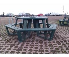 Roma picnic table