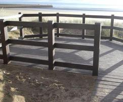 Viewing platform - recycled plastic profiles
