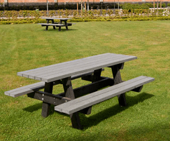 Oslo recycled plastic picnic tables