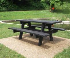 Oslo recycled plastic picnic table - Pontypool Park
