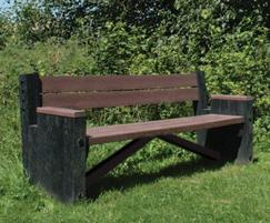 Palermo recycled plastic seat, Herts County Park