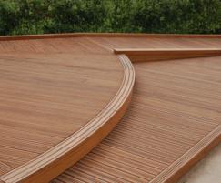 Anti-slip HW decking