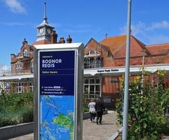 Frank signage - Bognor Regis station