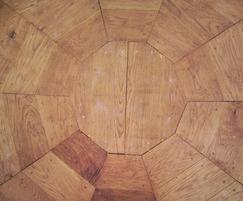 The Onion shelter - English oak flooring detail