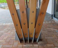 School green roof entrance canopy - foot detail
