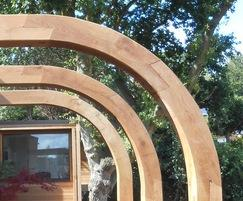 Oak arch with scarf jointed sections