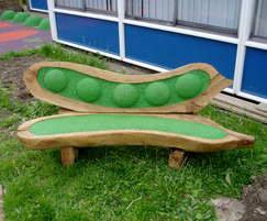 Peapod bench