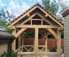 Summer house with oak frame and floor