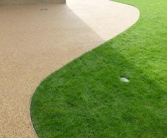 A clearly defined edge is achieved between each surface