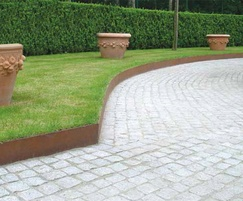 HiGrade steel landscape edging