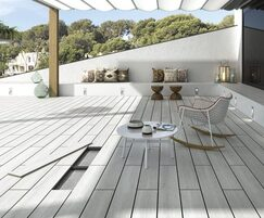 Kinley : Amazing safe terraces made easy with porcelain decking