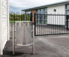 Barnoldswick Primary School MLC212 LitterBin 02