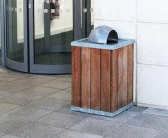 LLC104 litter bin, Wakefield Div HQ