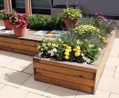 Sheldon Planter SPL312, Holt Park Active Secure Garden