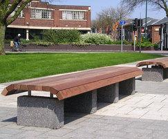 Langley bench LBN104, Walsall town centre