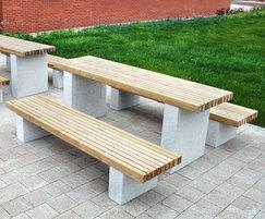 RAF Lyneham LPT105 &LBN114 Table & Benches 01