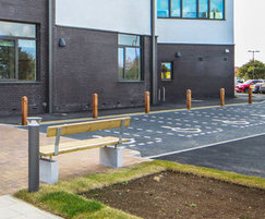 Sheldon seat and bollards - SST302 and SBD300
