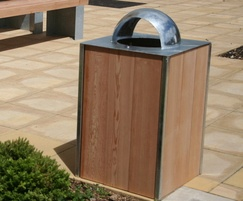 Sheldon Steel Frame Timber Litter Bin - SLC302