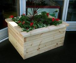 Sheldon Timber Planter - SPL305
