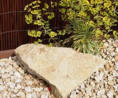Yorkstone buff rockery stone