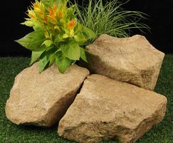 Yorkstone buff rockery stone 200-350mm