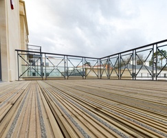 close up of the anti slip decking boards