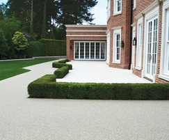 Resin bound paving for paths and terrace in light grey