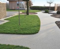 Resin bound permeable garden pathways