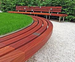 Bespoke planter and bench detail for Guy's & St Thomas'