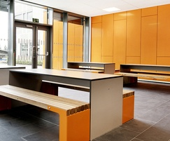 Coloured laminate surfaces help underline area function