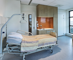 Hygienic laminates for hospitals
