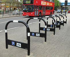 TRL600 TP WHT Transport PU cycle stands with white tape