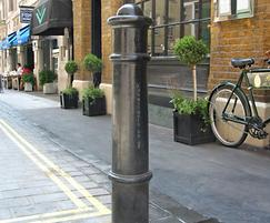Cannon cast iron bollard, Covent Garden