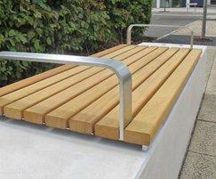 Fortis bench detail