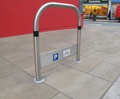 TRL600 stainless steel cycle stand with tapper rail