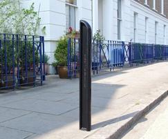 LAM510 Lambeth cast iron bollard