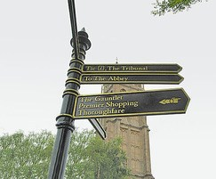 Westminster Fingerpost, Arms with special hand symbol