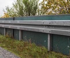 Noise-absorbing barrier