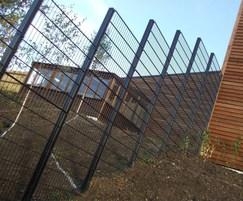 EuroGuard Flatform welded mesh stepped
