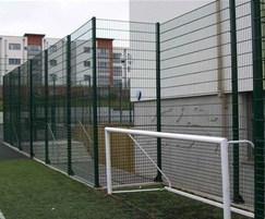 Rebound sports fencing goal end
