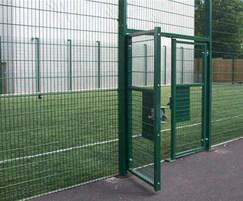 Rebound welded mesh gate