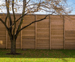 135m of 6m Jakoustic® Reflective fencing was supplied