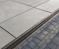 Inset drainage channels