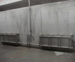 Flushing gates installation