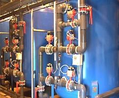 Multi media liquid filtration system