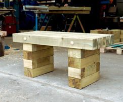 WoodBlocX bench